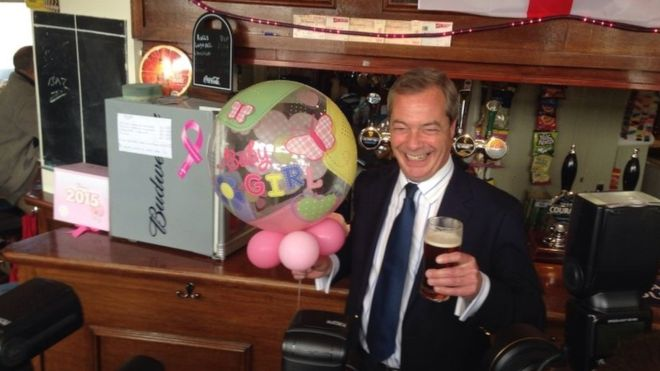 87562388 87562387 1 - Nigel Farage urges 'mass protest' at alcohol guidelines