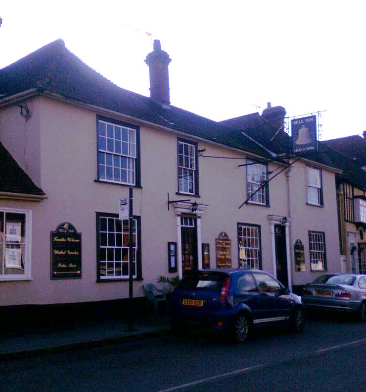 The Bell Inn Castle Hedingham Essex Pub Review - The Bell Inn, Castle Hedingham, Essex - Pub Review