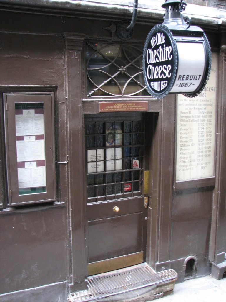 Ye Olde Cheshire Cheese Fleet Street London Pub Review - Ye Olde Cheshire Cheese, Fleet Street, London - Pub Review